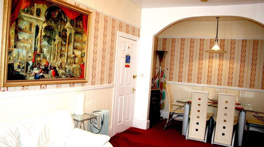 The Ilfracombe House-52 of 104 photos
