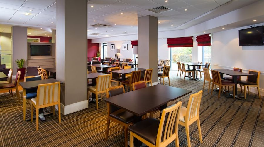 Holiday Inn Express Droitwich Spa-31 of 48 photos