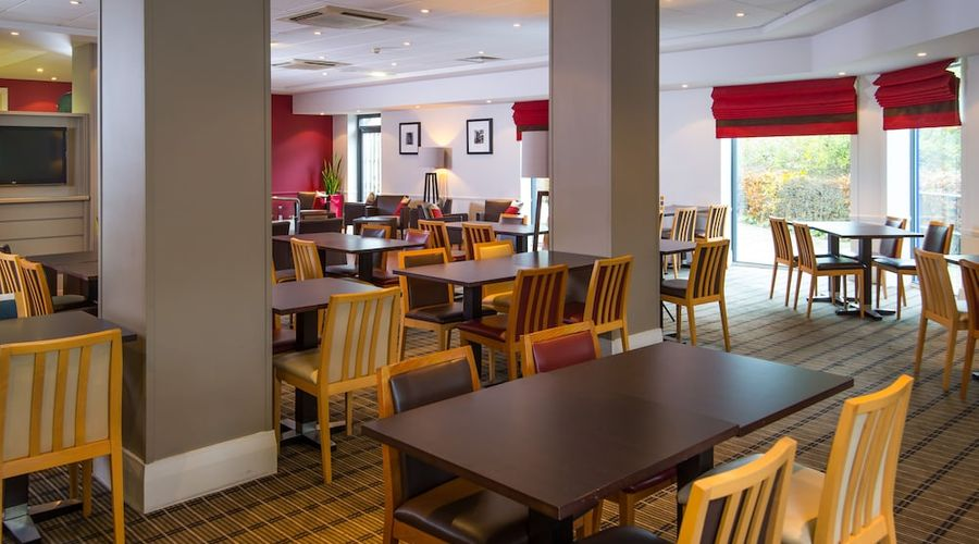 Holiday Inn Express Droitwich Spa-32 of 48 photos