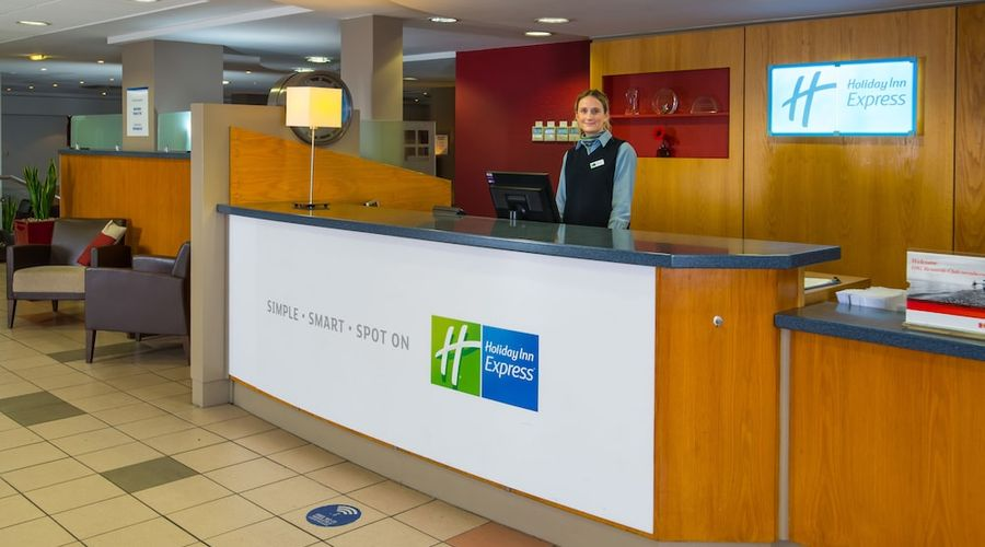 Holiday Inn Express Droitwich Spa-6 of 48 photos