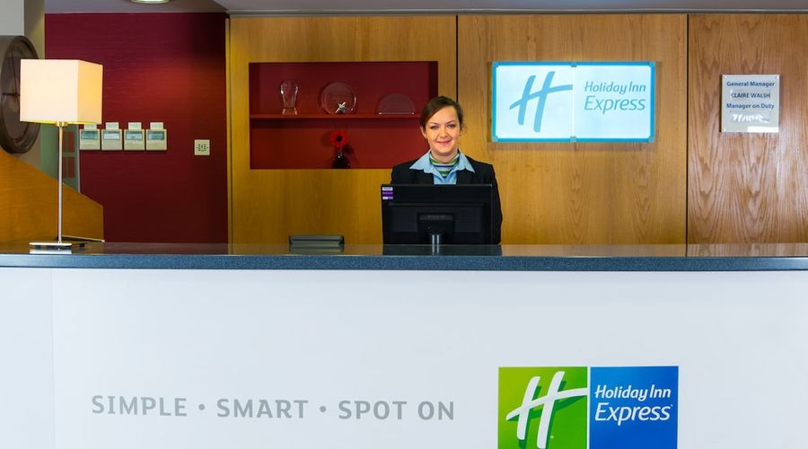 Holiday Inn Express Droitwich Spa-5 of 48 photos