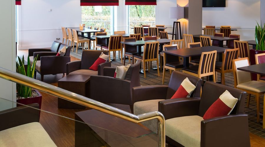 Holiday Inn Express Droitwich Spa-34 of 48 photos