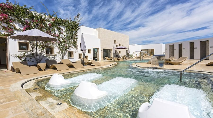Grand Palladium White Island Resort & Spa - All Inclusive 24h-24 of 50 photos