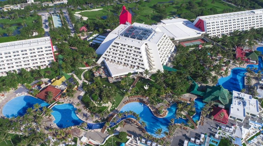 The Pyramid at Grand Oasis - All Inclusive-67 of 68 photos