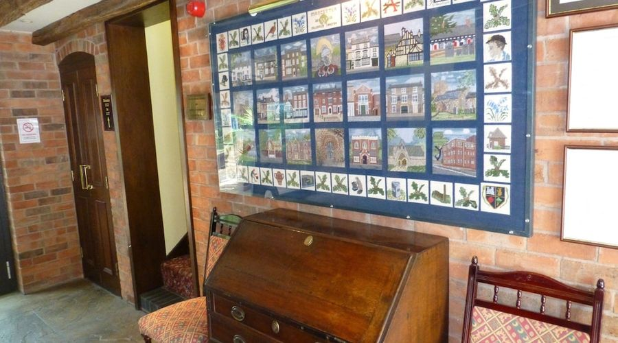 The Atherstone Red Lion Hotel-3 of 46 photos