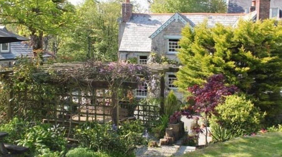 Culloden Farmhouse-11 of 25 photos