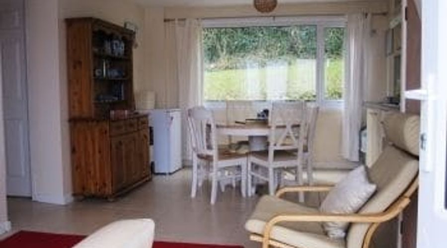 Freshwater Bay Holiday Cottages-18 of 29 photos