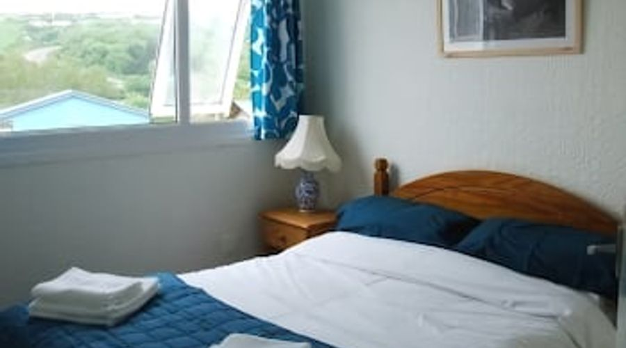 Freshwater Bay Holiday Cottages-6 of 29 photos