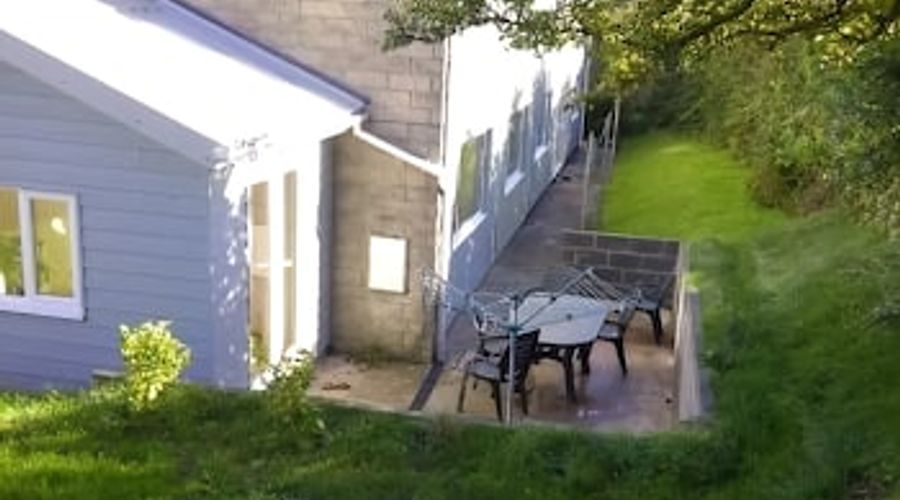 Freshwater Bay Holiday Cottages-25 of 29 photos