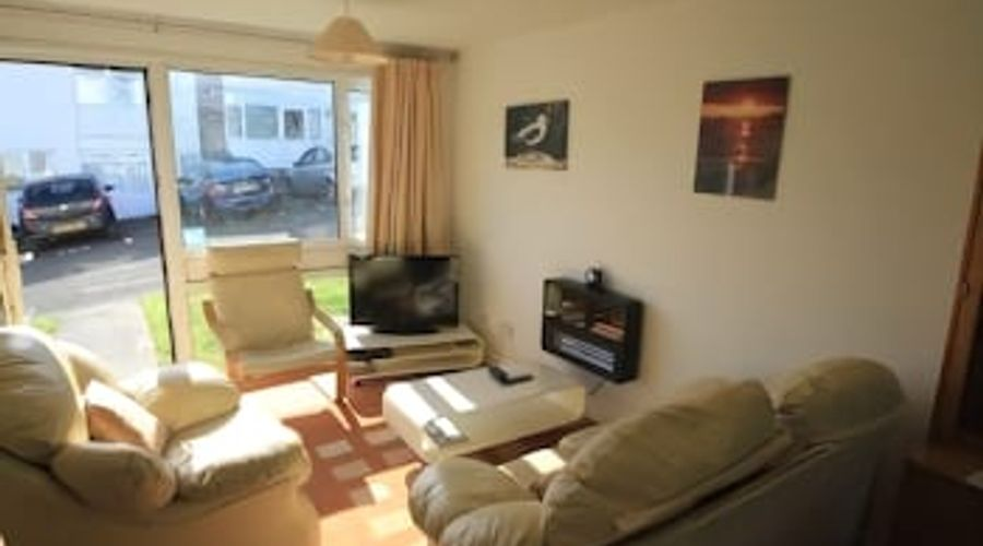 Freshwater Bay Holiday Cottages-11 of 29 photos