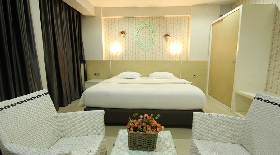 Fastrooms Bekasi Hotel-29 of 41 photos