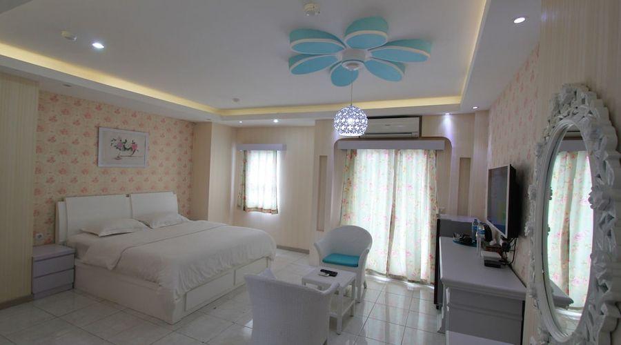 Fastrooms Bekasi Hotel-8 of 41 photos