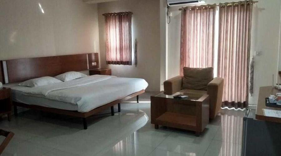 Fastrooms Bekasi Hotel-20 of 41 photos