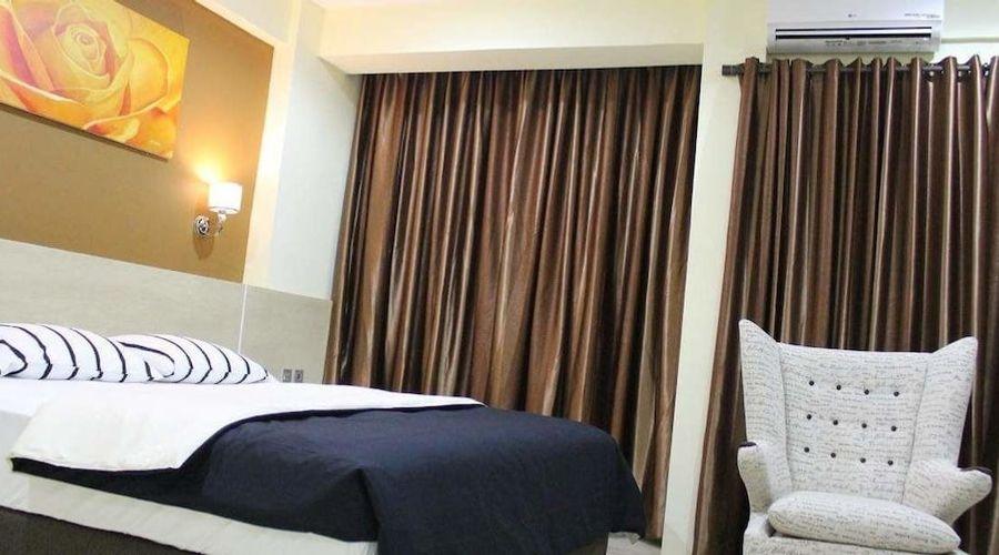 Fastrooms Bekasi Hotel-1 of 41 photos