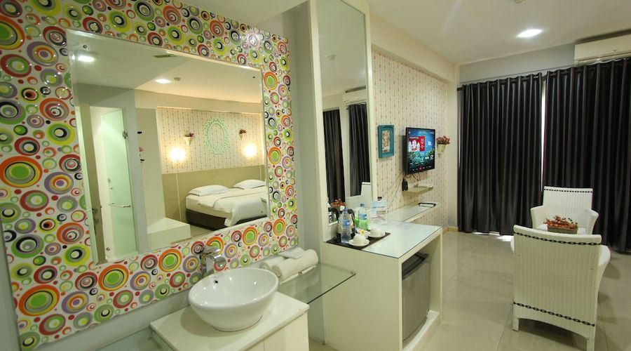 Fastrooms Bekasi Hotel-32 of 41 photos