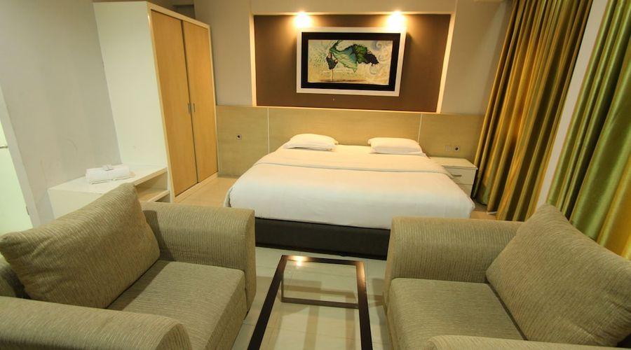 Fastrooms Bekasi Hotel-24 of 41 photos