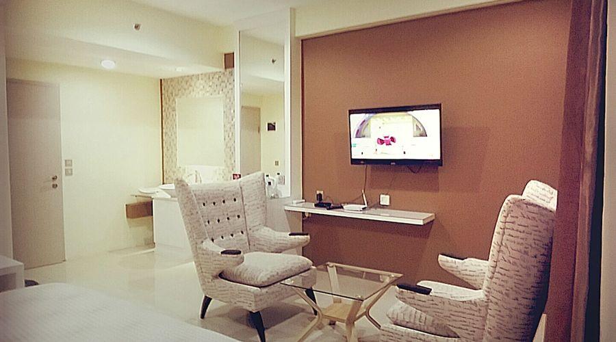 Fastrooms Bekasi Hotel-36 of 41 photos
