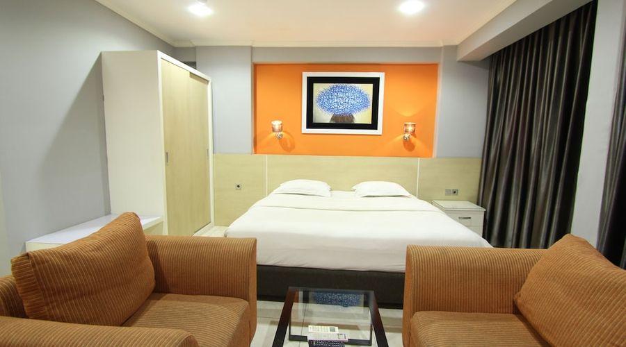 Fastrooms Bekasi Hotel-28 of 41 photos