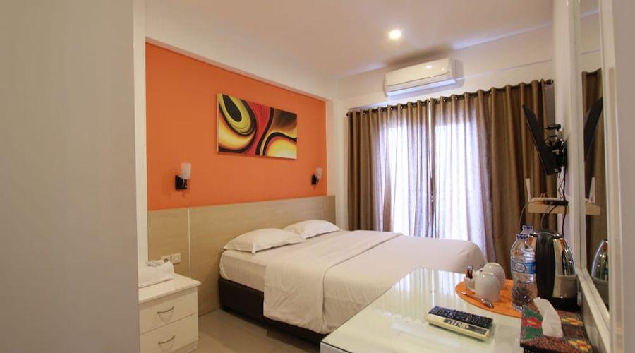 Fastrooms Bekasi Hotel-12 of 41 photos