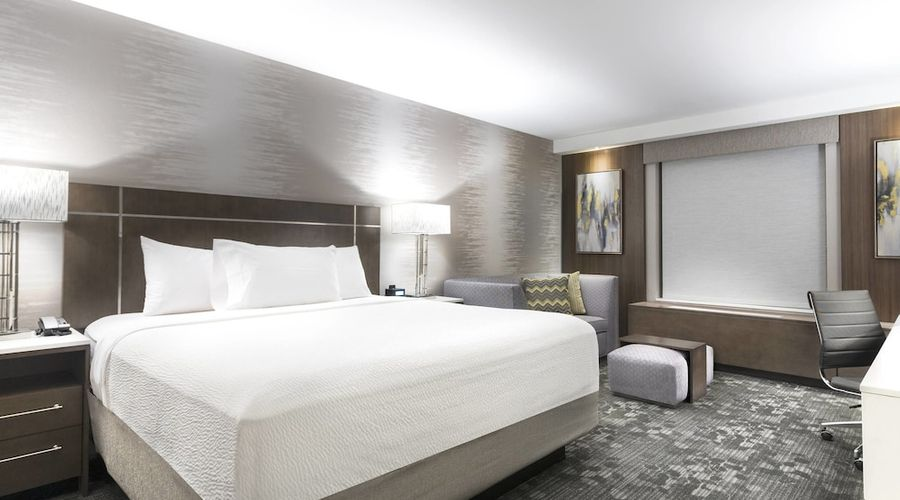 Courtyard by Marriott Edgewater NYC Area-11 of 50 photos