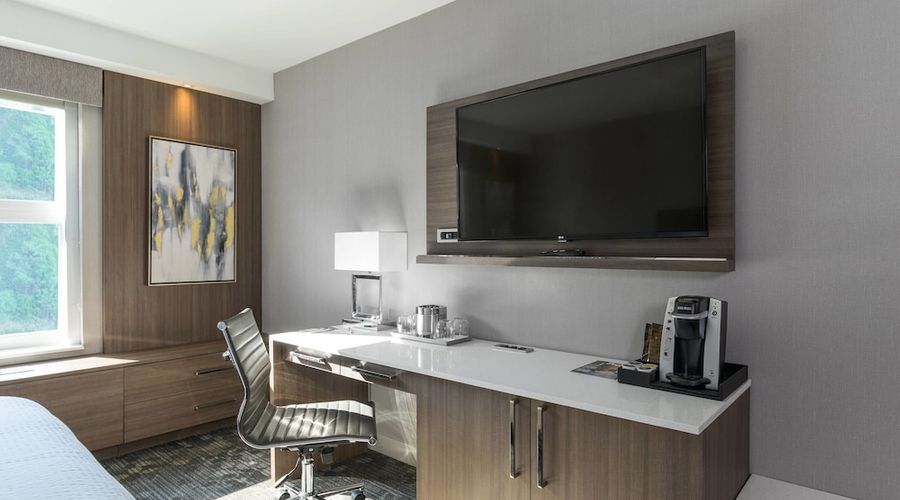 Courtyard by Marriott Edgewater NYC Area-18 of 50 photos
