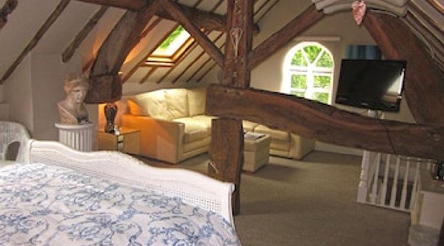 Wollaston Lodge-10 of 27 photos