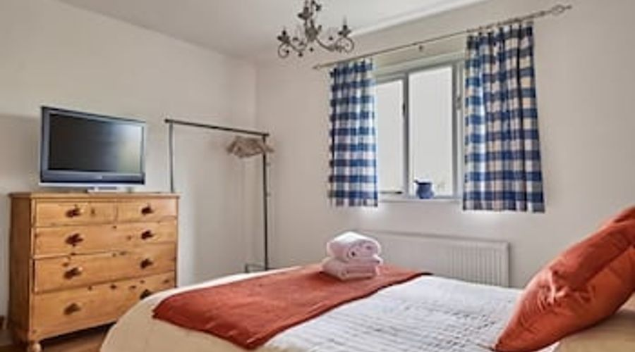 Tachbrook Mallory House Apartment-2 of 12 photos
