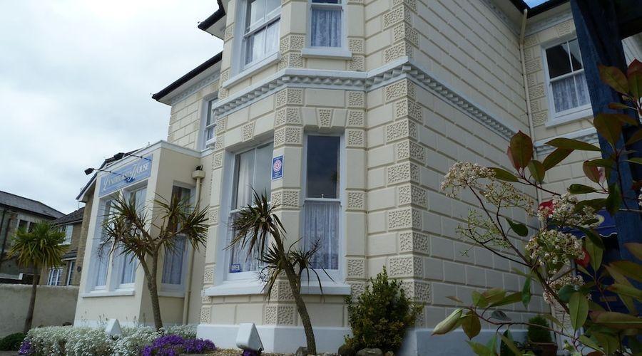 Lyndhurst House-17 of 18 photos