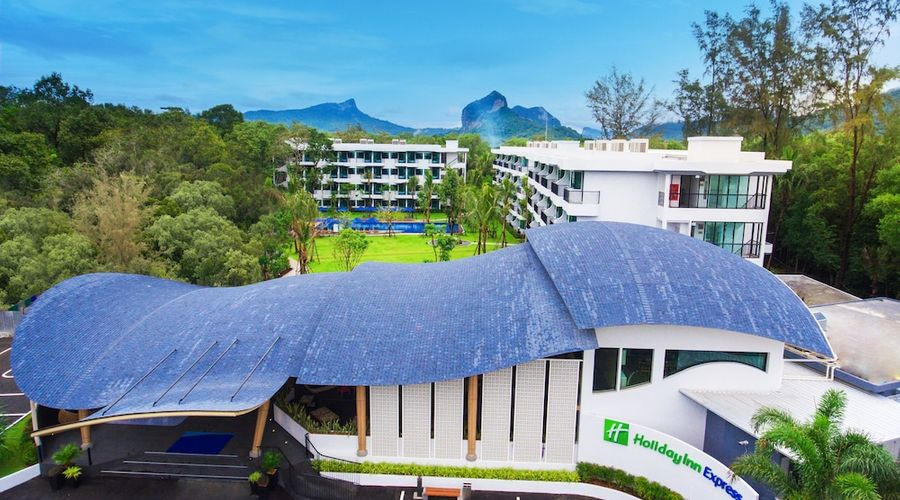 Holiday Inn Express Krabi Ao Nang Beach-1 of 51 photos
