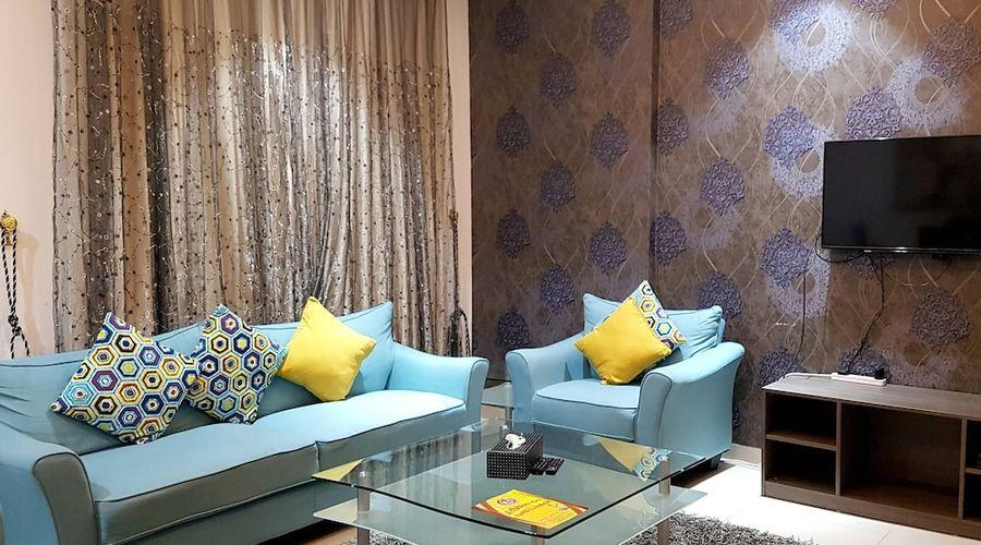 Al Muhanna Plaza Luxury Apartments-37 of 71 photos