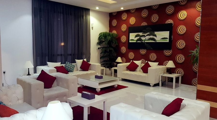 Al Muhanna Plaza Luxury Apartments-6 of 71 photos