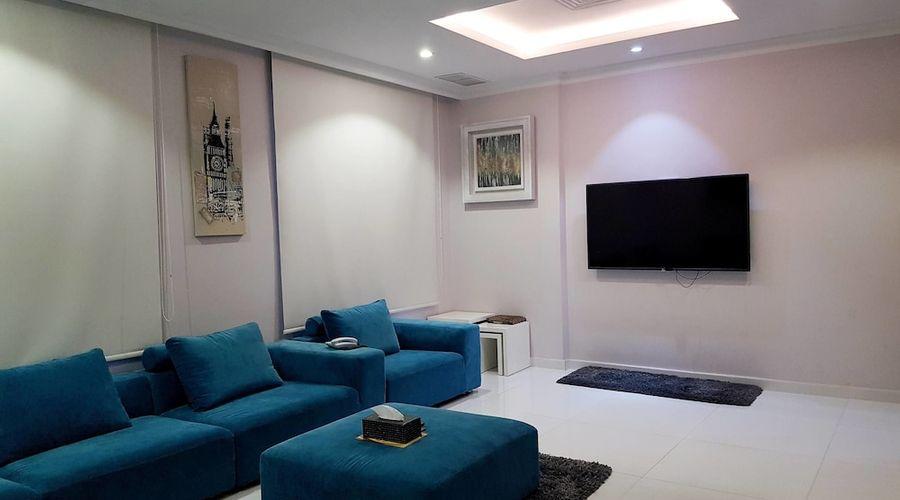 Al Muhanna Plaza Luxury Apartments-34 of 71 photos
