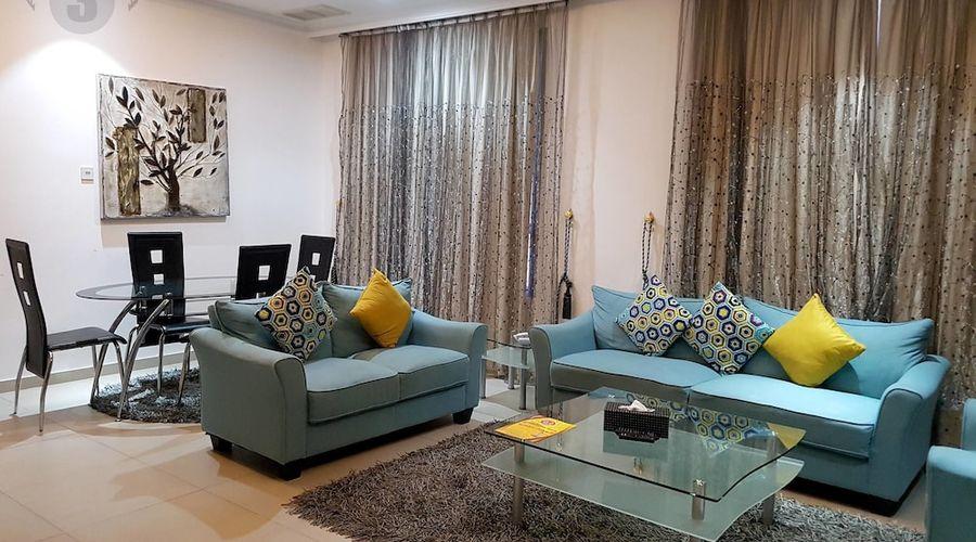 Al Muhanna Plaza Luxury Apartments-32 of 71 photos