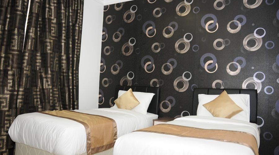 Al Muhanna Plaza Luxury Apartments-17 of 71 photos