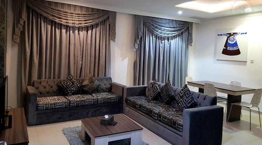 Al Muhanna Plaza Luxury Apartments-51 of 71 photos