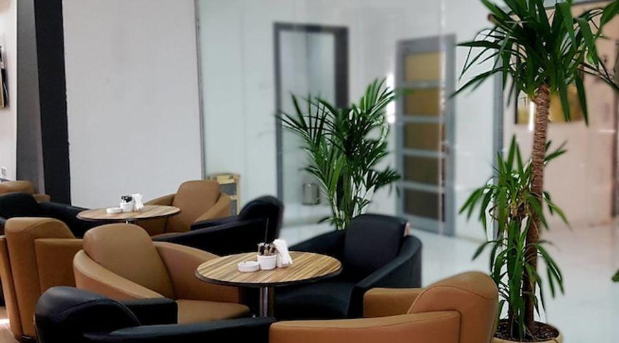 Al Muhanna Plaza Luxury Apartments-3 of 71 photos