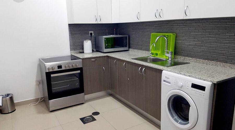Al Muhanna Plaza Luxury Apartments-45 of 71 photos