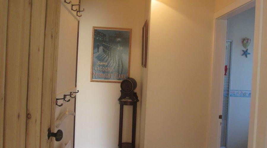Kendoon Apartment-6 of 12 photos