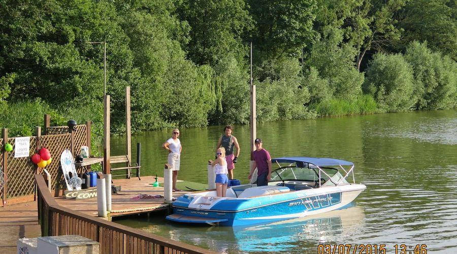 Gosfield Lake Resort-17 of 25 photos