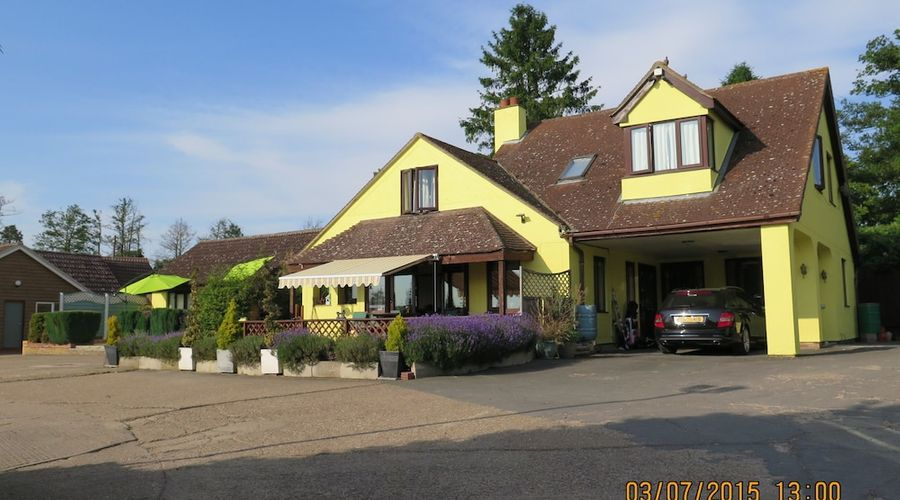 Gosfield Lake Resort-20 of 25 photos