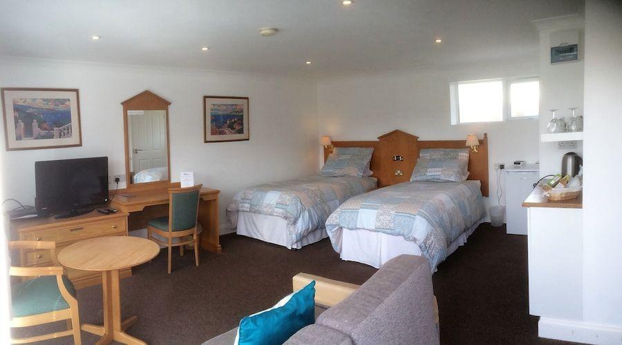 Gosfield Lake Resort-2 of 25 photos