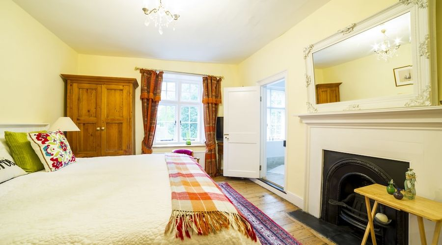 Molland Manor House Bed & Breakfast-5 of 95 photos