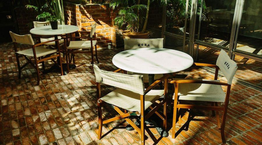 Rosa Malacca-94 of 98 photos