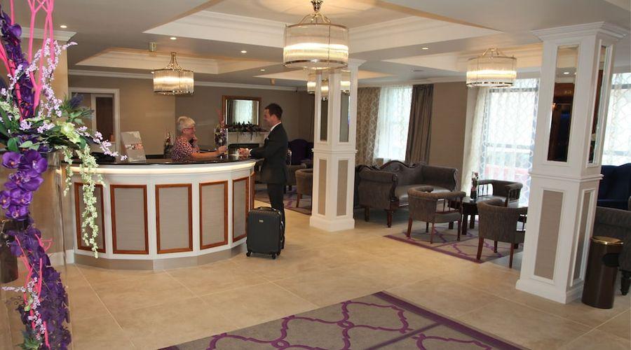 Royal Hotel-4 of 57 photos