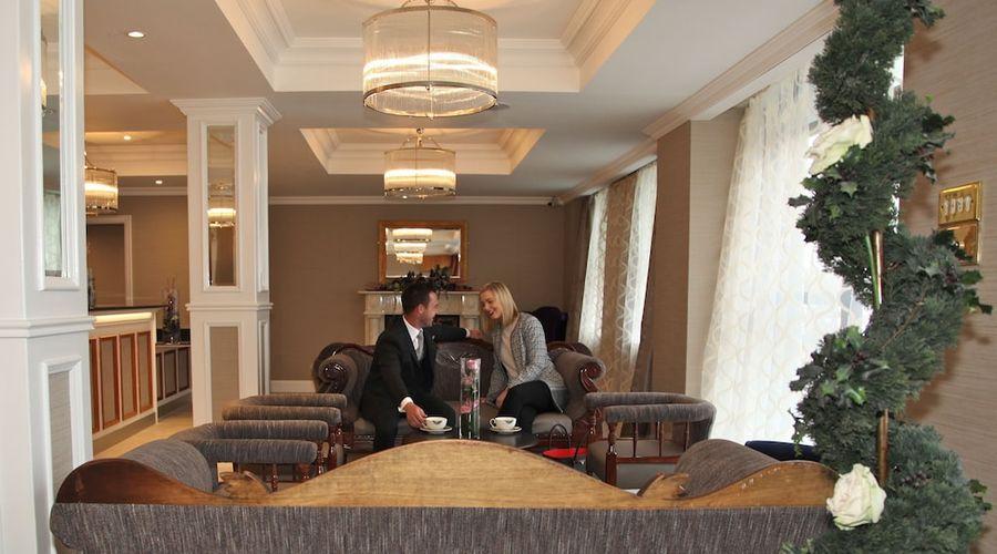 Royal Hotel-5 of 57 photos