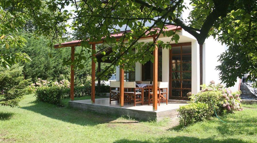 Beta Home Lake House-98 of 101 photos