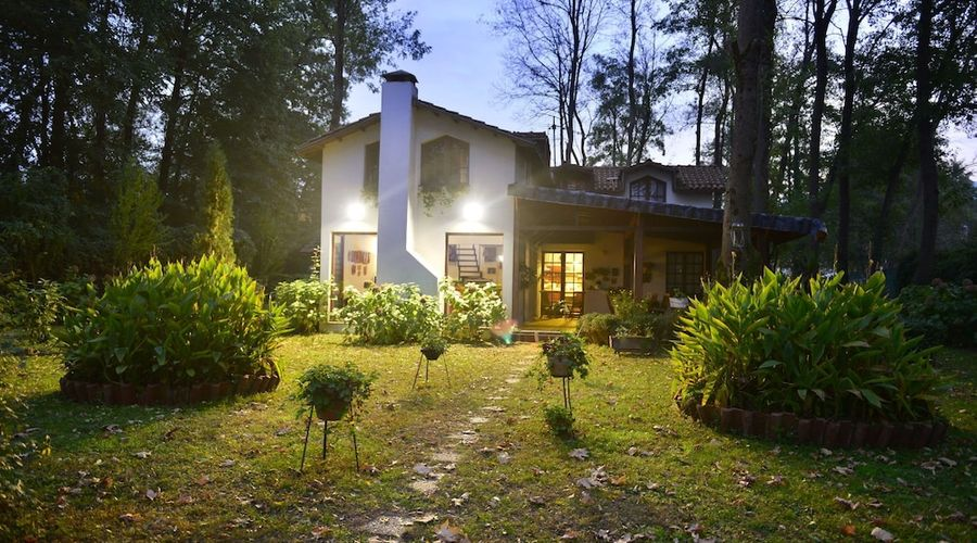 Beta Home Lake House-69 of 101 photos