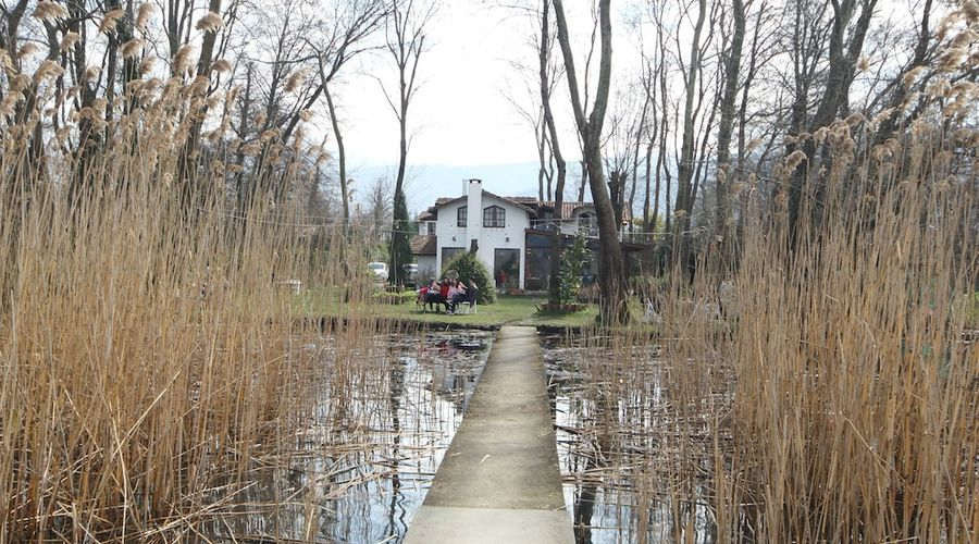 Beta Home Lake House-94 of 101 photos
