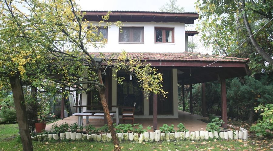 Beta Home Lake House-83 of 101 photos
