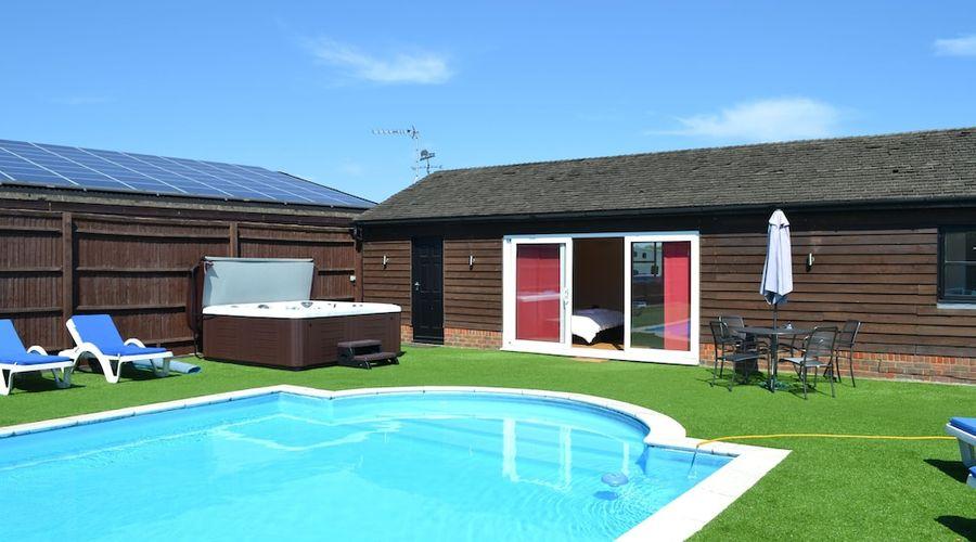 The Pool House at Upper Farm Henton-12 of 19 photos